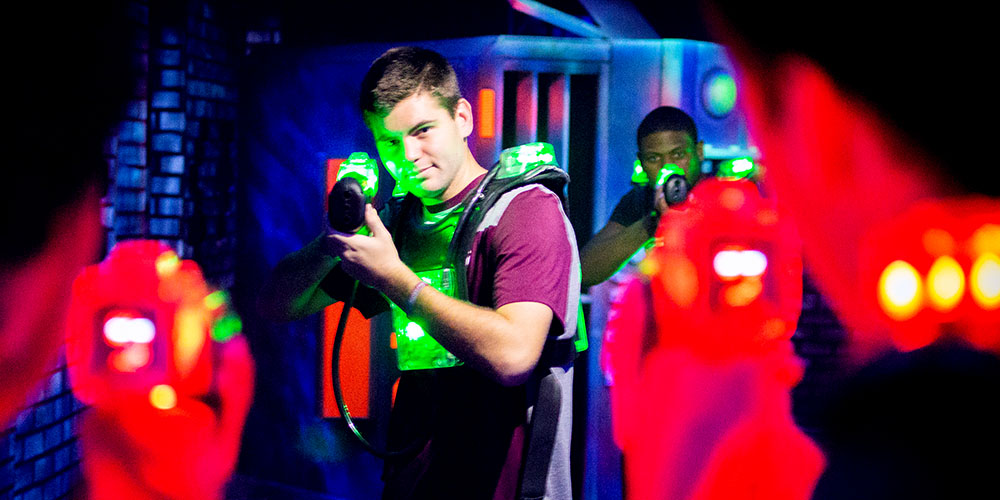 featureattraction-lasertag